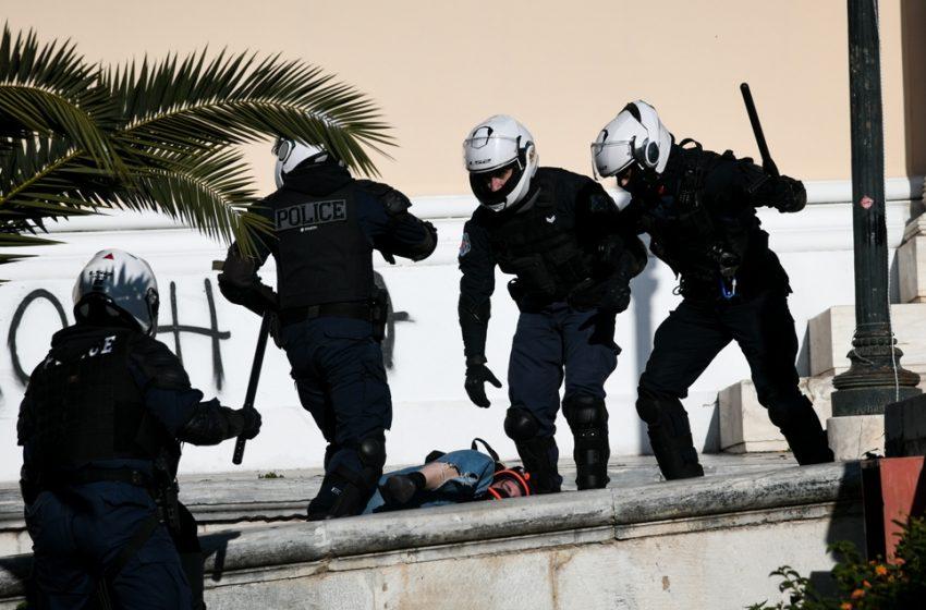 Στον Εισαγγελέα οι συλληφθέντες από το συλλαλητήριο: Ποινική δίωξη για πλημμέλημα σε 23 και σε έναν για κακούργημα