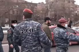 Εικόνα χάους στην Αρμενία: Πραξικόπημα καταγγέλλει ο πρόεδρος