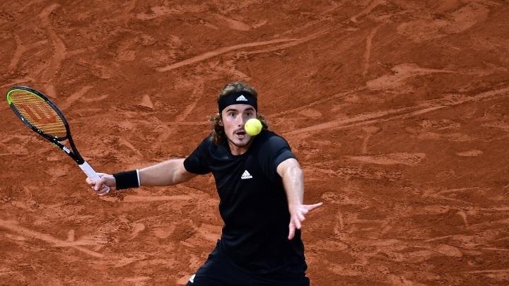 Νίκη για Τσιτσιπά, ήττα για Περβολαράκη στο ATP Cup