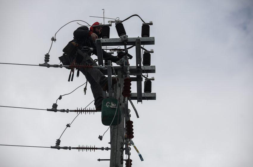 ΔΕΔΔΗΕ: Συνεχίζονται οι εργασίες στη χαμηλή τάση – 400 νοικοκυριά παραμένουν χωρίς ρεύμα