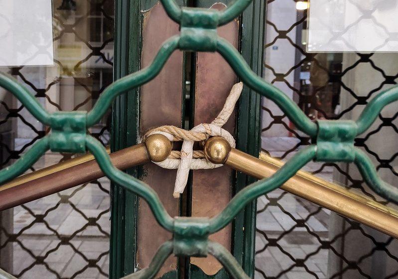 Η εστίαση παραδίδει τα κλειδιά σε  Μαξίμου και Γεωργιάδη – Προς λουκέτο το 60% των επιχειρήσεων