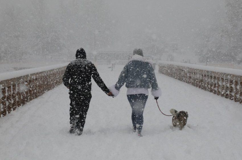 Οι τελευταίες προγνώσεις για την πορεία του χιονιά στην Αττική: Τι λένε Μαρουσάκης, Αρνιακός, Αρναούτογλου