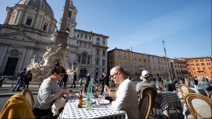 Ιταλία-Υπουργός υγείας: «Χρειάζεται τεράστια προσοχή σε όλη τη χώρα»