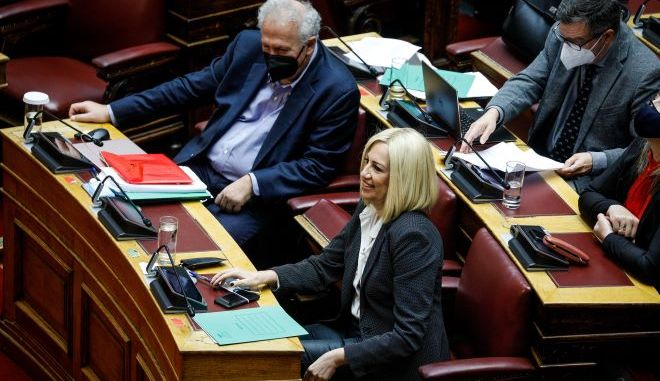 """Με εντολή Γεννηματά καλούνται για εξηγήσεις (Εθνική Οδός-""""Μήδεια"""") Χρυσοχοϊδης και άλλοι υπουργοί- Ηχηρή διαφωνία Λοβέρδου-Βαθαίνει το σχίσμα"""