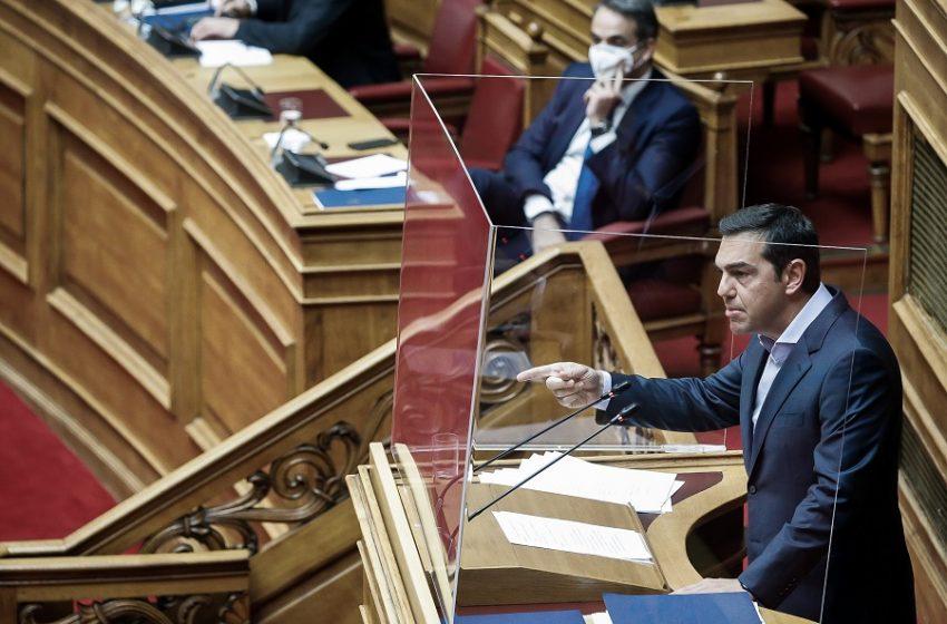 Βουλή: Παραμένει το πρόβλημα Μενδώνη για την κυβέρνηση, τι λένε στελέχη ΝΔ και ΣΥΡΙΖΑ μετά τη θυελλώδη συζήτηση