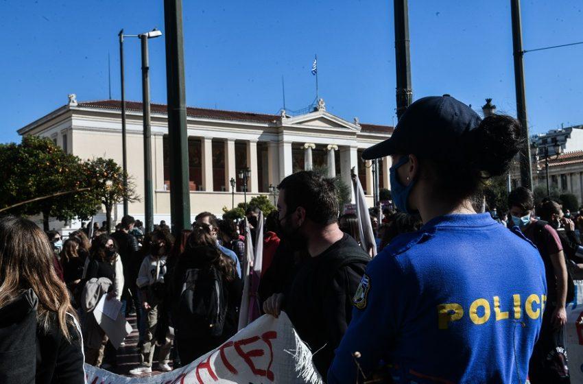 Πανεπιστημιακή αστυνομία: διχάζει ακόμη και τους γαλάζιους…