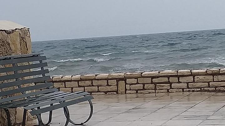 """""""Δεμένα"""" τα πλοία στα λιμάνια της Κέρκυρας και της Ηγουμενίτσας"""