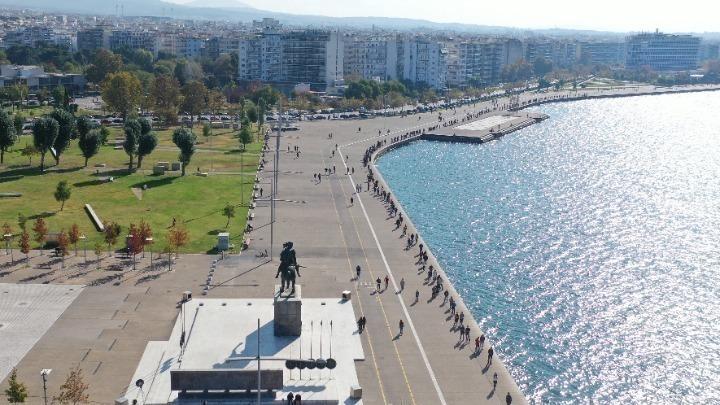 Θεσσαλονίκη: Συνεχίζει να αυξάνεται το ιικό φορτίο στα λύματα (εικόνες)