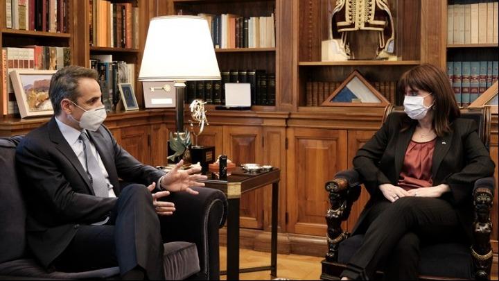 Συνάντηση του πρωθυπουργού με την ΠτΔ