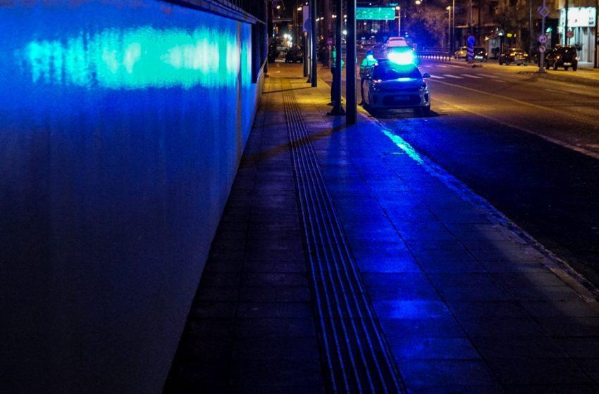 Νύχτα τρόμου στην  Θεσσαλονίκη: Άγριο οπαδικό επεισόδιο, με καμένα και σπασμένα αυτοκίνητα