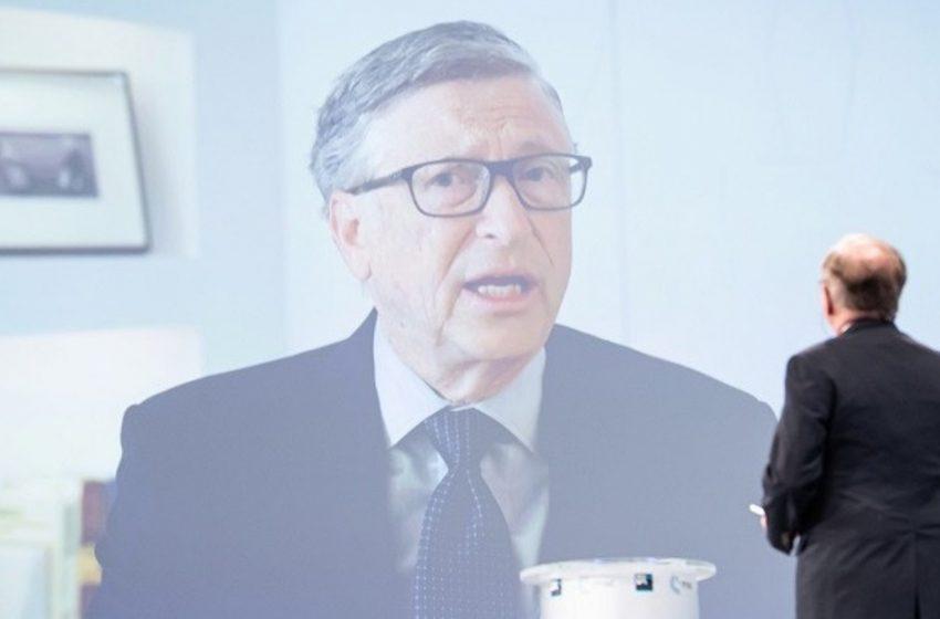Γκέιτς: Ο κόσμος θα επανέλθει στη φυσιολογική ζωή στο τέλος του 2022