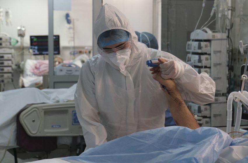 """Υγειονομική """"βόμβα"""" η Αττική με 2.097 κρούσματα – Οι νέες μολύνσεις ανά περιοχή"""