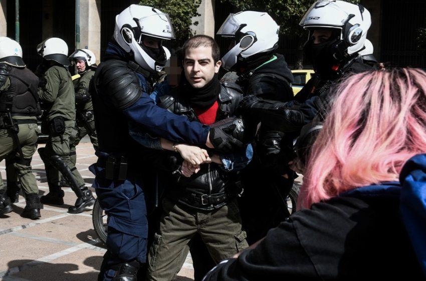 Αστυνομική βία: Βίντεο από την  επίθεση των ΜΑΤ σε φωτορεπόρτερ
