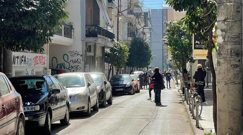 Ελασσόνα: Οι πρώτες εικόνες μετά τον σεισμό (vid)