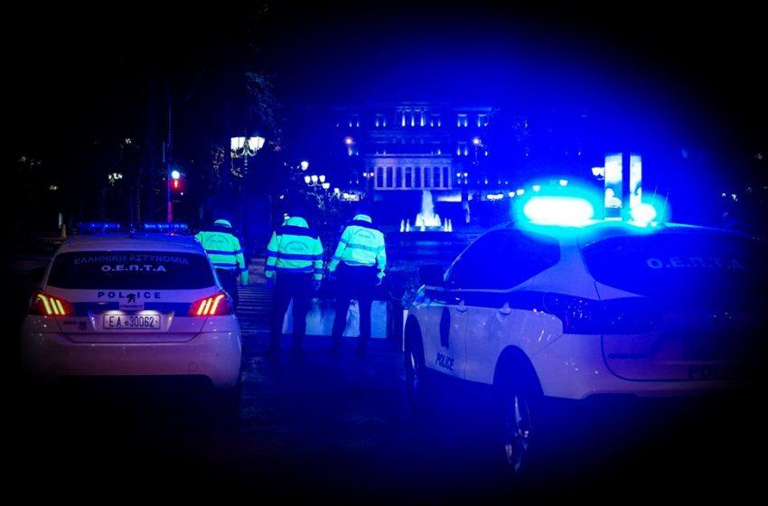 Επιθέσεις τη νύχτα σε διάφορα σημεία της Αττικής – Στο στόχαστρο το υπουργείο Ναυτιλίας