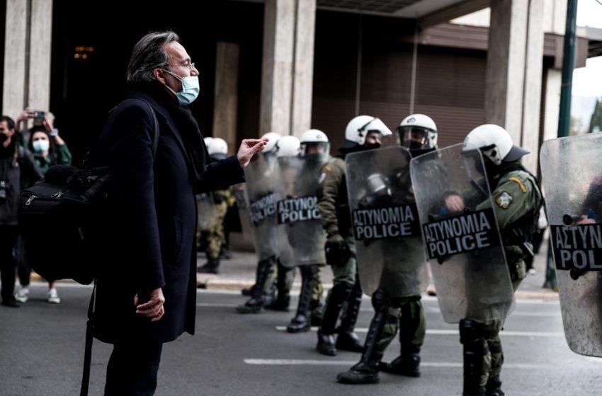Πρωτοβουλία Δικηγόρων και Νομικών: Αστυνομικές παρανομίες και ψέματα