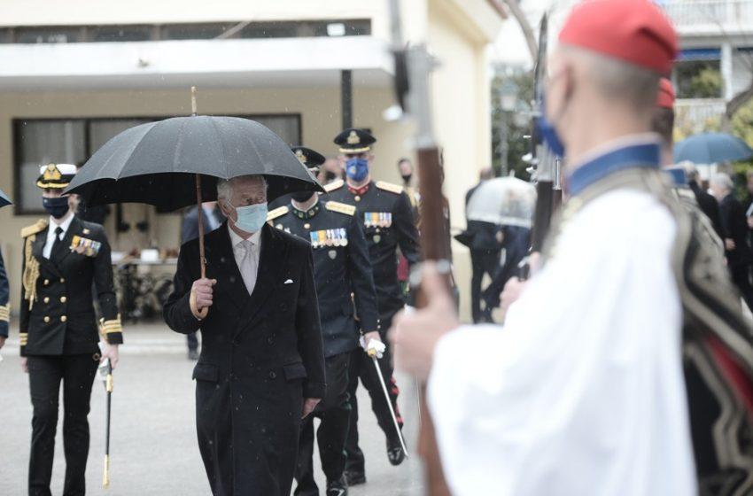 """Βρετανικός τύπος: Τι ήθελε να πετύχει ο Κάρολος στην Ελλάδα -Η """"ακτινογραφία"""" της επίσκεψης"""
