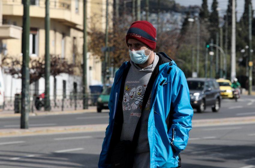 Τζανάκης: Μάσκα υψηλής προστασίας ή διπλή – Ανεμβολίαστοι το 97% στις ΜΕΘ