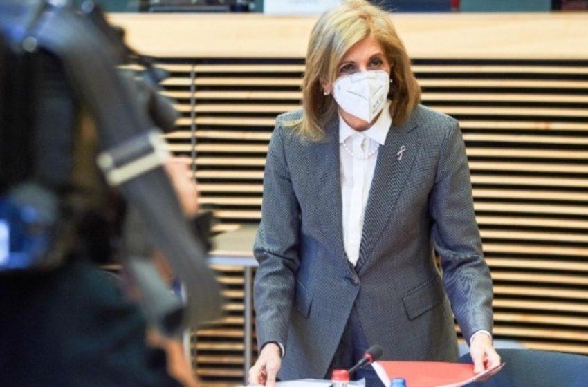 "Eυρωπαϊκή Ένωση: ""Καλούμε τα κράτη-μέλη να χρησιμοποιήσουν όλες τις διαθέσιμες δόσεις εμβολίων"""