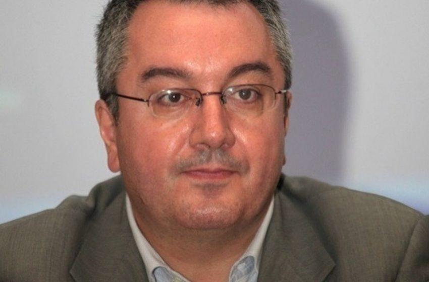 Μόσιαλος: H πολιτική ενορχήστρωση και η απορία του για τον ρόλο των ρυθμιστικών αρχών