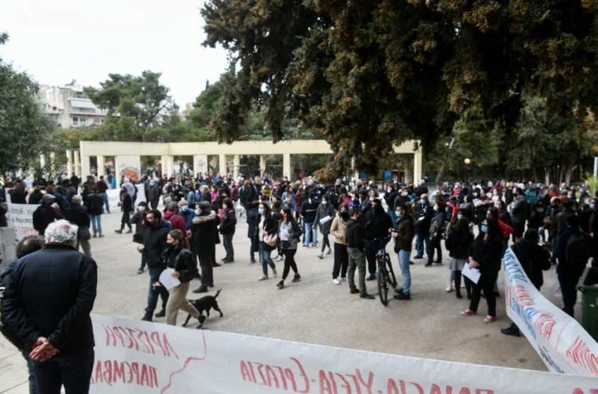 Nέες συγκεντρώσεις σε γειτονιές και πλατείες κατά της αστυνομικής βίας