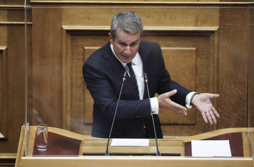 Λοβέρδος: Να απαγορευθεί η είσοδος στη Βουλή στους ανεμβολίαστους βουλευτές