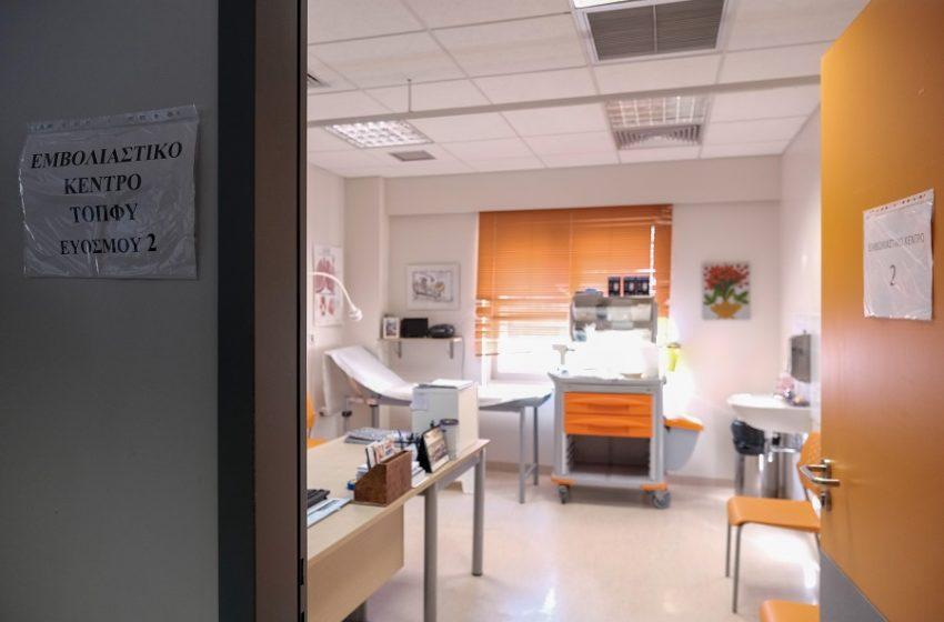 Σύλληψη διοικητή νοσοκομείου λόγω… μάσκας
