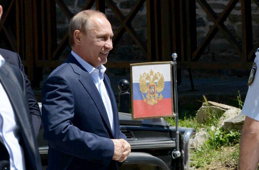 Εμβολιάζεται αύριο ο Βλαντιμίρ Πούτιν