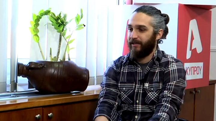 """Καταγγελία από Κύπριο ηθοποιό: Ο """"διαμεσολαβητής"""" με έστειλε στο δωμάτιο του Λιγνάδη (vid)"""