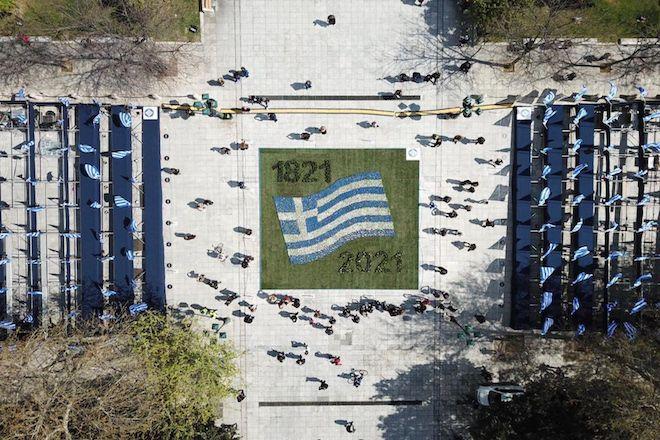 25η Μαρτίου: Στρατιωτική παρέλαση με δρακόντεια μέτρα και απαγόρευση συγκεντρώσεων