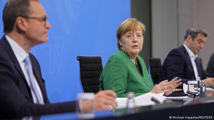 Γερμανία: Πάσχα χωρίς εκκλησίες-Γιατί η Μέρκελ τσακώθηκε με τους πρωθυπουργούς των κρατιδίων