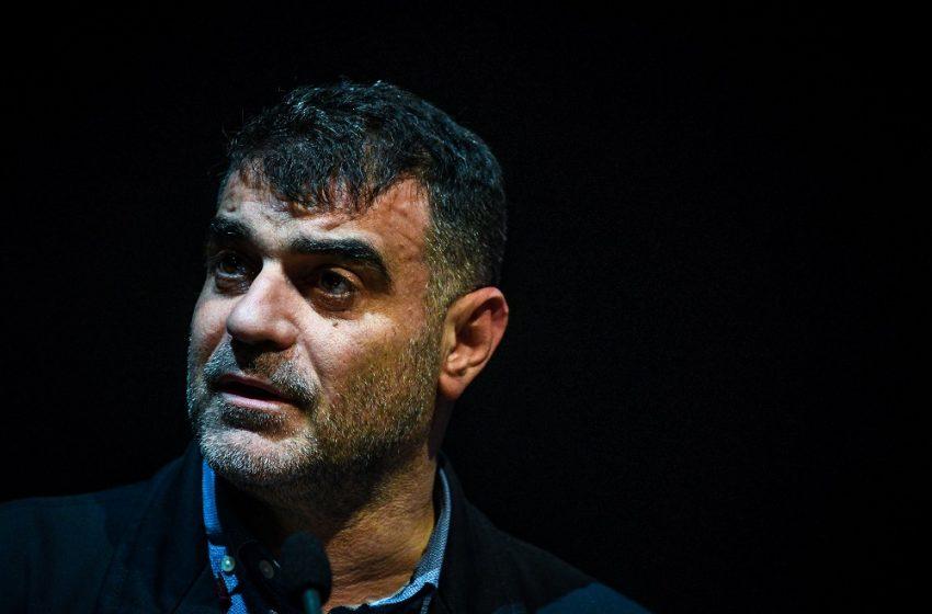 Ένταλμα σύλληψης για τον Κώστα Βαξεβάνη- Τι αναφέρει ο ίδιος