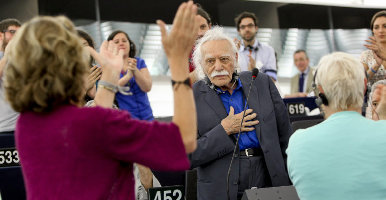 Το Ευρωκοινοβούλιο τιμά τον Μανώλη Γλέζο