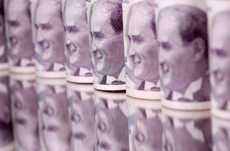 Ραγδαίες εξελίξεις στην Τουρκία – Société Générale: Προ των πυλών τα capital control