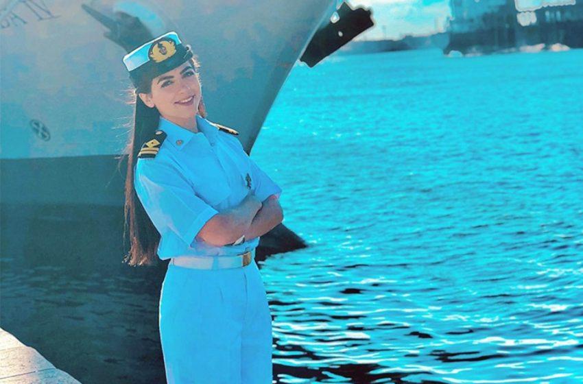 "H γυναίκα πλοίαρχος που ""στοχοποιήθηκε"" στην Αίγυπτο ότι μπλόκαρε το κανάλι του Σουέζ – Τι απάντησε η ίδια"