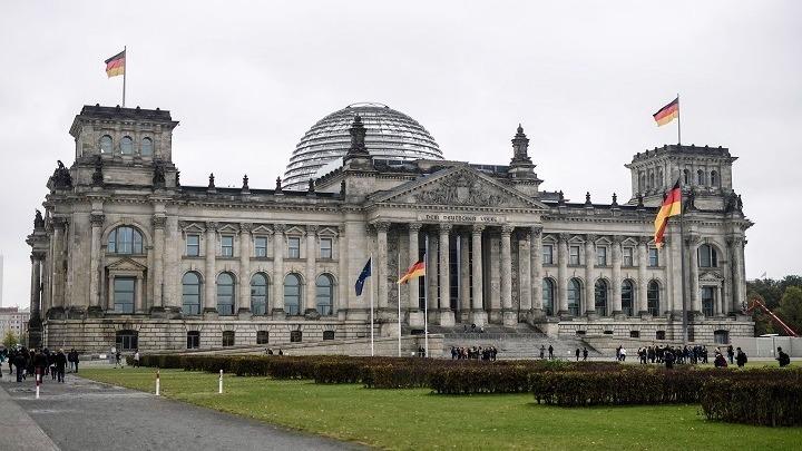 Γερμανία: Επικύρωσε το ευρωπαϊκό σχέδιο ανάκαμψης ύψους 750 δισ. ευρώ