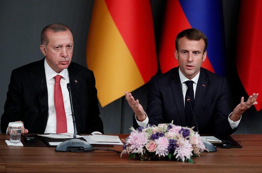 """Στα άκρα Γαλλία – Τουρκία: Δηλώσεις """"βόμβα"""" Μακρόν και απάντηση Ακσόι"""