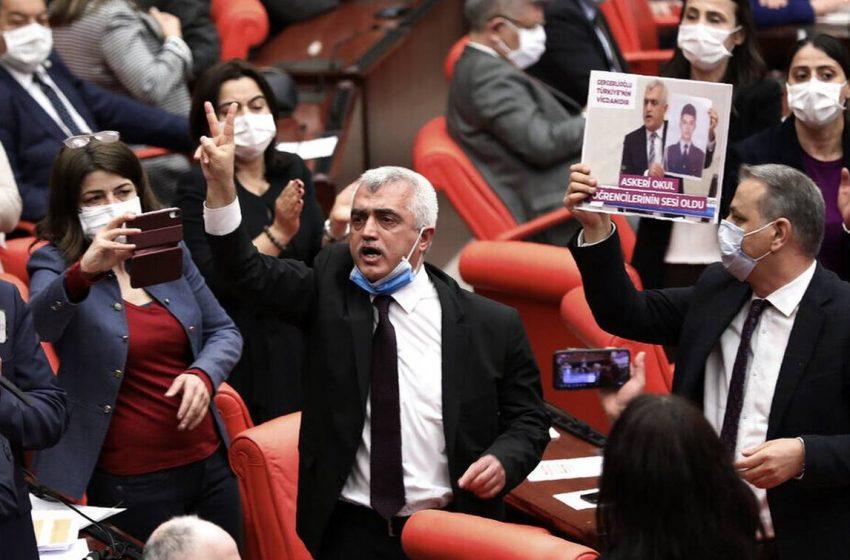 Στα άκρα ο Ερντογάν με το HDP –  Συνελήφθη βουλευτής