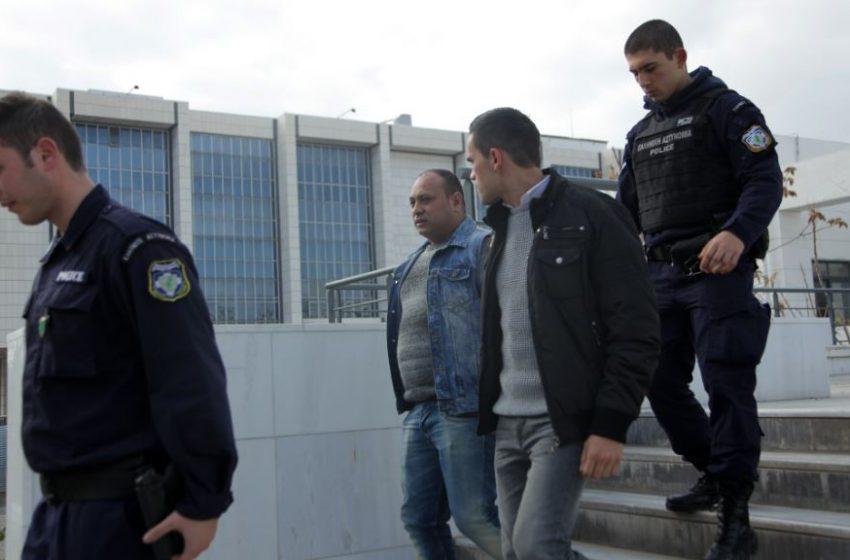 Ενοχοι χωρίς ελαφρυντικά οι δύο κατηγορούμενοι για τη δολοφονία του Μένη Κουμανταρέα