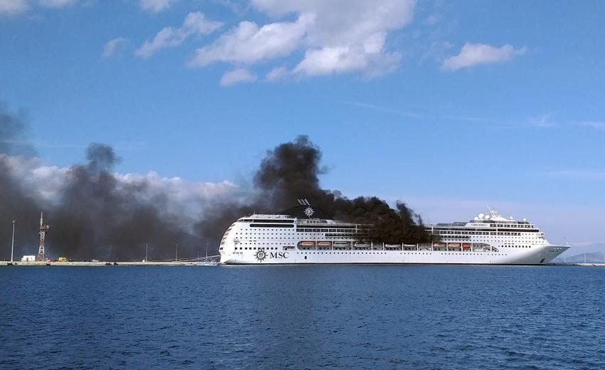 Φωτιά σε κρουαζιερόπλοιο στην Κέρκυρα