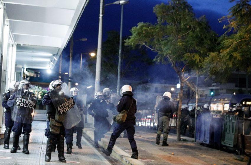Δήμαρχος Νέας Σμύρνης: Τραύμα στην ψυχή της πόλης η αστυνομική βία