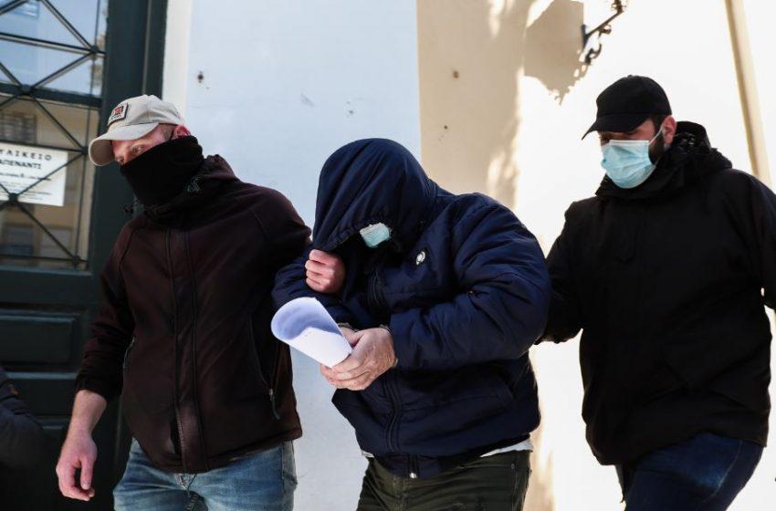 Αρνείται τα πάντα ο 58χρονος για την κλοπή μετρητών και κοσμημάτων από θυρίδες τράπεζας