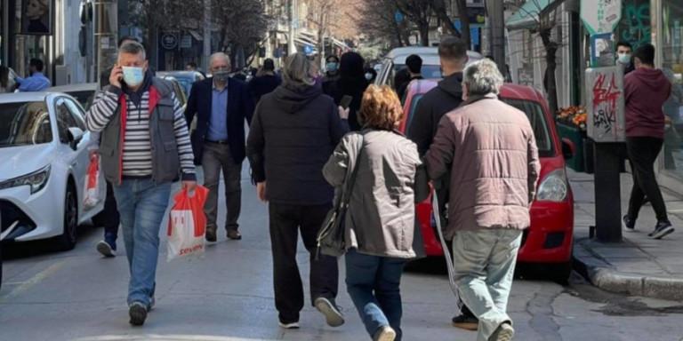"""Δήμαρχος Ελασσόνας: """"Ο κόσμος πανικοβλήθηκε, δεν υπάρχουν αναφορές για ζημιές και τραυματίες"""""""