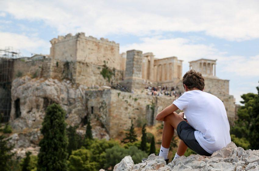 Τουρισμός: Γιατί το Στέιτ Ντιπάρτμεντ έβαλε την Ελλάδα στην κατηγορία των μη ασφαλών χωρών λόγω Covid