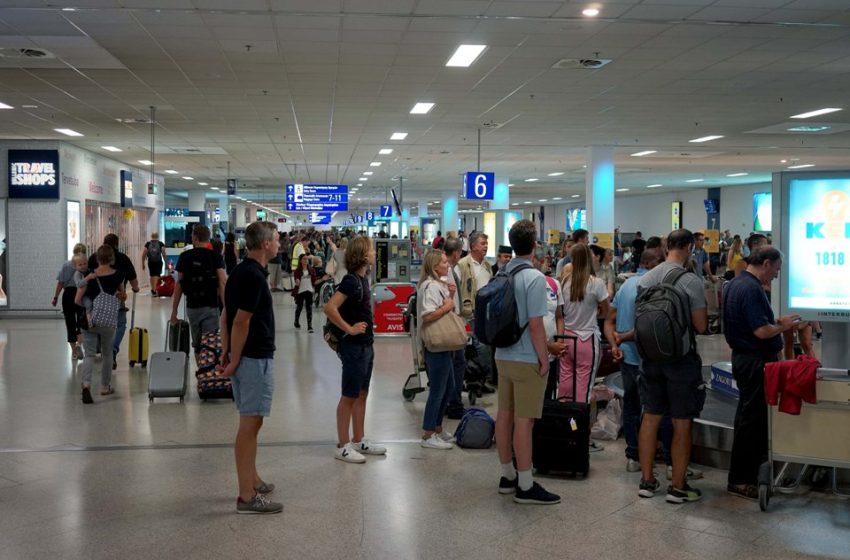 Ανοίγουν τα σύνορα για τους τουρίστες πριν από το Πάσχα -Αφορά ταξιδιώτες από ΕΕ και πέντε ακόμη χώρες