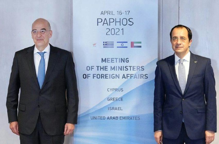 Το Κυπριακό στο επίκεντρο της συνάντησης Δένδια – Χριστοδουλίδη