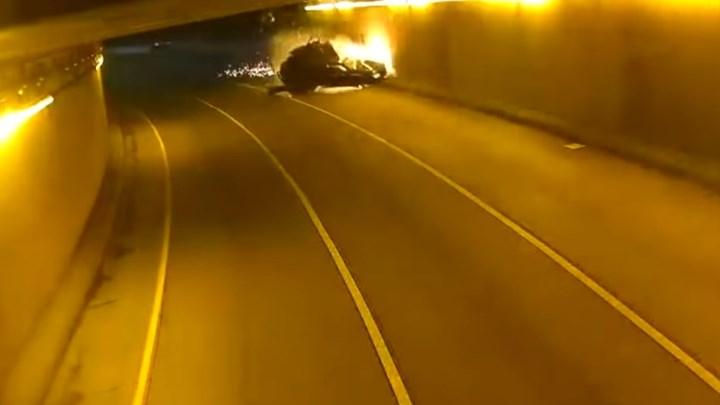 ΗΠΑ: Βίντεο-σοκ από τροχαίο σε τούνελ – Εξερράγη το αυτοκίνητο