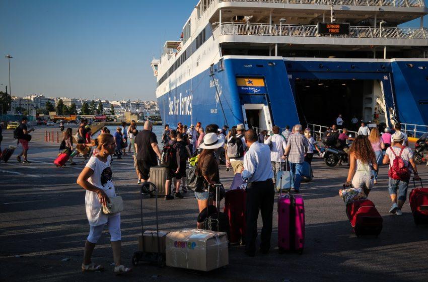 Πλακιωτάκης: Με πιστοποιητικό εμβολιασμού και τεστ τα ταξίδια με πλοίο