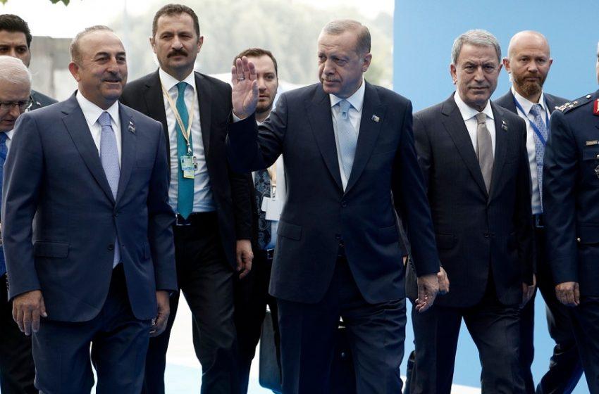 Ερντογάν: Ο Τσαβούσογλου έβαλε τον Δένδια στην θέση του