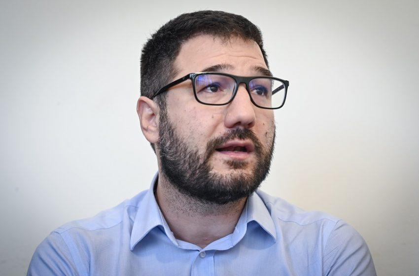 Ηλιόπουλος: Ο κ. Μητσοτάκης ας επιστρέψει στη μεσαία τάξη όσα της αφαιρεί 1,5 χρόνο